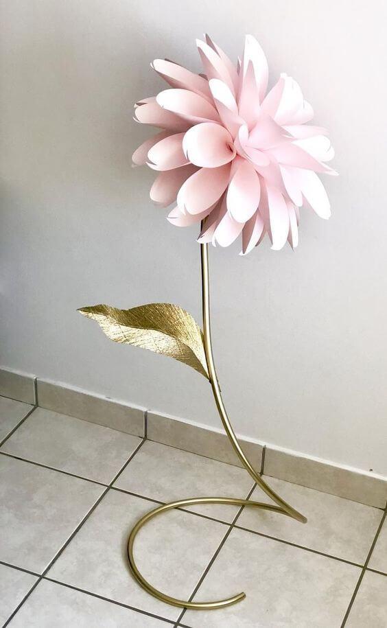 Большой цветок из изолона и фоамирана