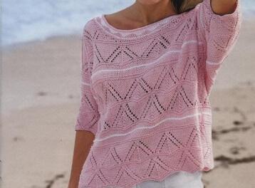Летний розовый пуловер спицами