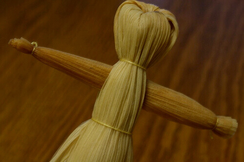 Кукла из кукурузных листьев - мастер-класс