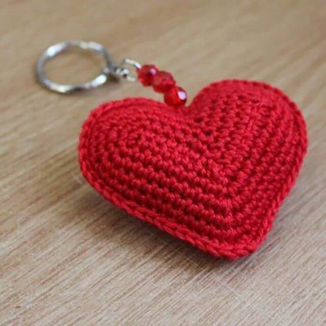 Сердечки вязанные крючком