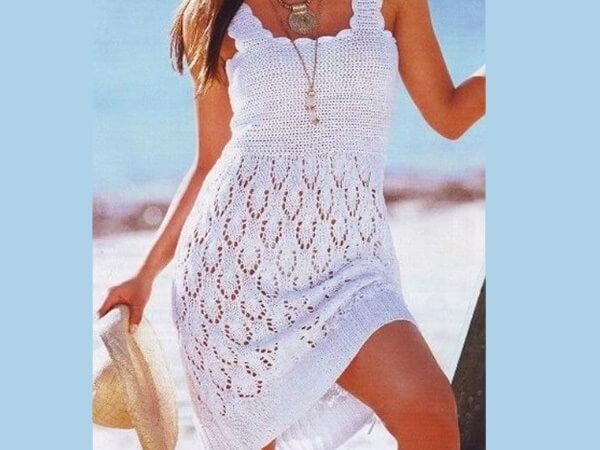 Летнее платье белое платье спицами