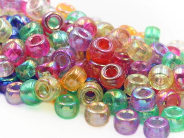 Пластиковые радужные бусины