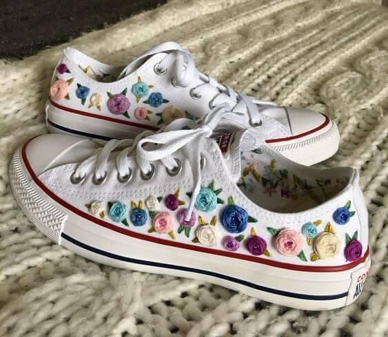 вышивка на обуви