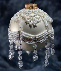 beaded-christmas-ornament-covers-13