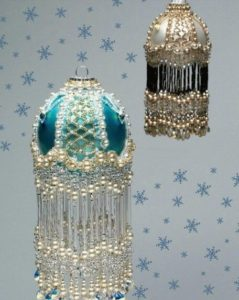 beaded-christmas-ornament-covers-17