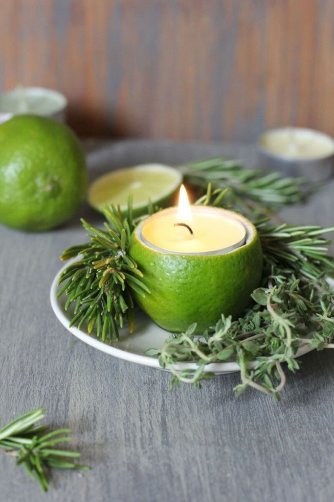 Новогодняя свеча из лайма
