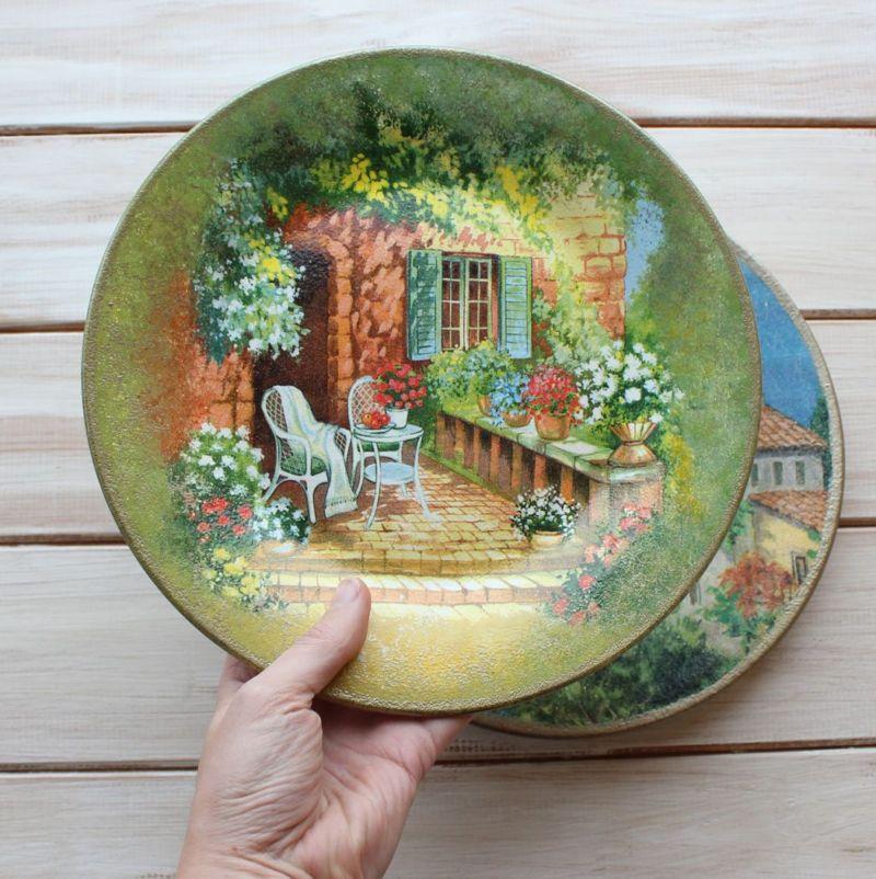 Прямой декупаж тарелок